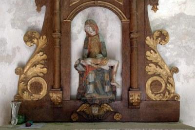 St Adrien pieta1